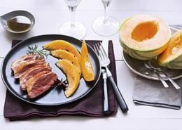 Magret de canard épicé au melon caramélisé